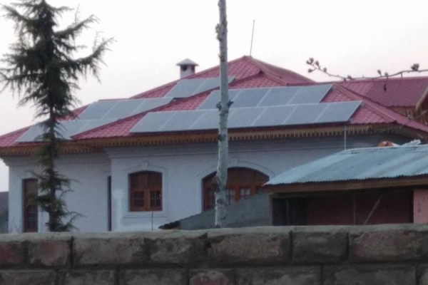 5kw-off-grid-solar-rooftop-solution-rawalpora-baramula-j-k-239326299-2DDA-BFA5-9D89-1545BE4F0484.jpg